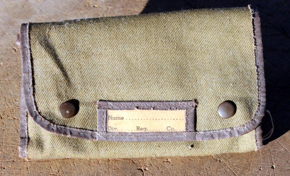 Vintage Military U. S. Army Sewing Kit Canvas Army green Green nice condition