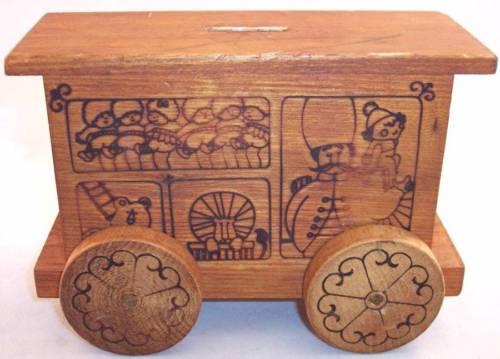 Vintage Toystalgia 1971 Wood Wooden Circus Wagon Bank, Rare!