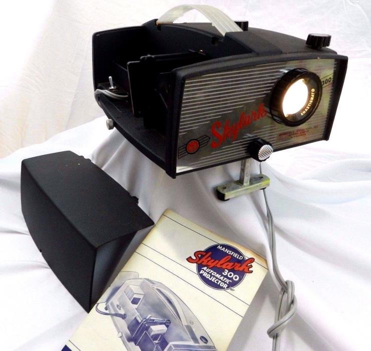 Vintage Mansfield Skylark 300 Slide Projector with 4