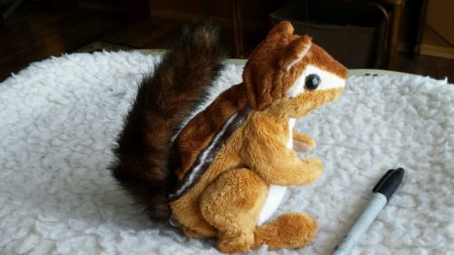 HASBRO 2009 FUR REAL FRIENDS REALISTIC INTERACTIVE  CHIPMUNK SQUIRREL Nice!