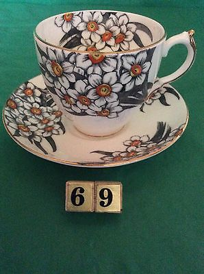 VICTORIA C & E BONE CHINA NARCISSUS ENGLAND CUP & SAUCER