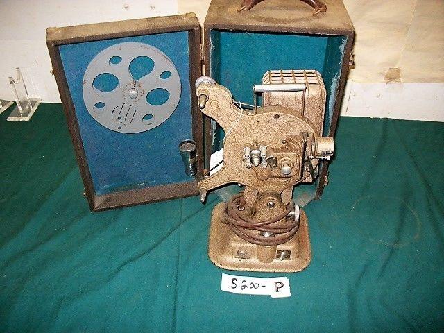 WW2 16 MM KEYSTONE FILM PROJECTOR