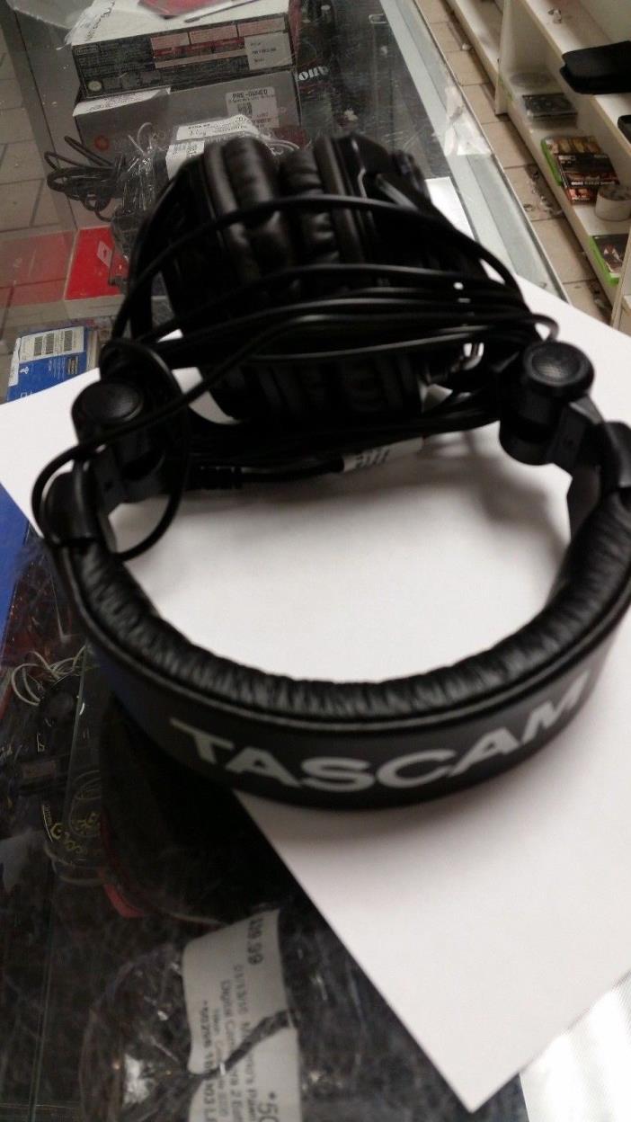 TASCAM TH02-B Closed-Back Stylish Multi-Use Studio Grade Headphone, Black