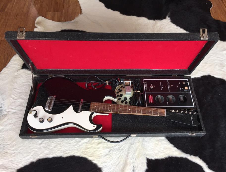 Vintage 1960's Silvertone Model 1448 Electric Guitar w/ Original Amp in Case