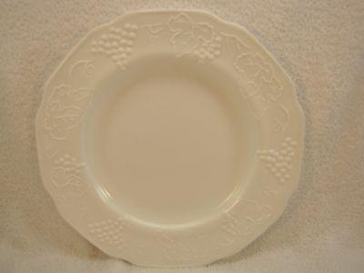 2 milk glass dinner plates grape & Leaf