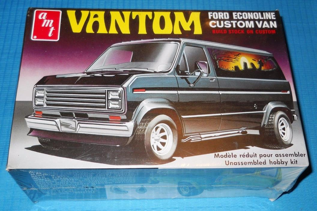 AMT VANTOM  FORD Custom Van T-418 Troy, MI-USA Collectible-Model Car Swap Meet