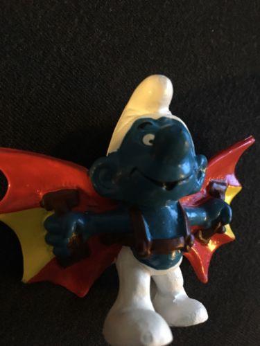 Smurfs Hang Glider Bat Man Smurf Flying Wings Figure Vintage Toy Figurine German