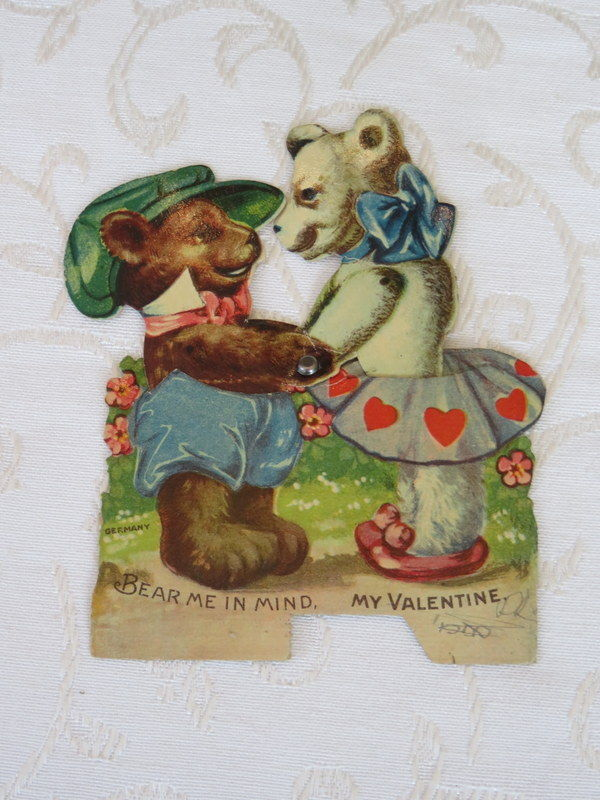 Mechanical Vintage Valentine, Bears