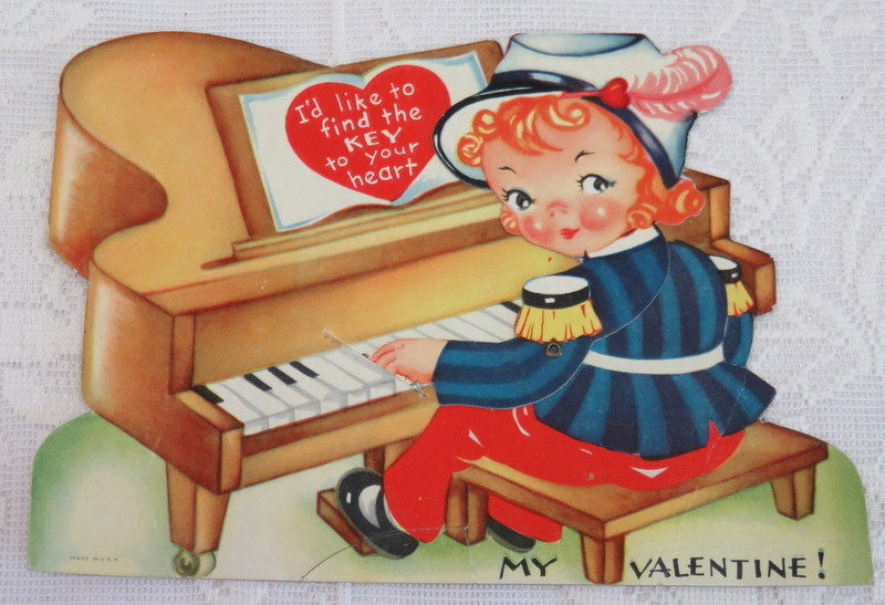 Mechanical Vintage Valentine, Pianist