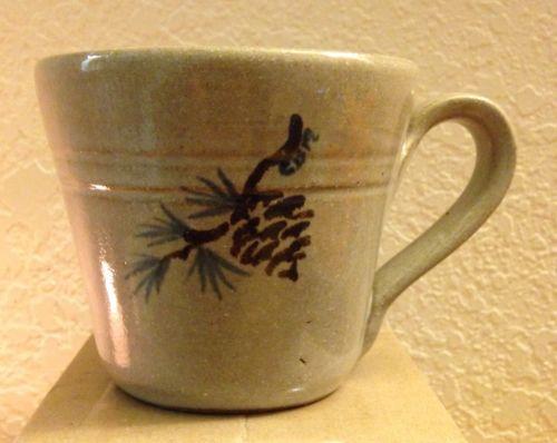 North Carolina Jugtown Ware Studio Art Pottery Mug 1987 Pine Cone Branch