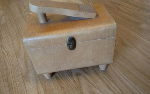Vintage Antique Shoe Shine Box And 1 Brush made in Poland 11