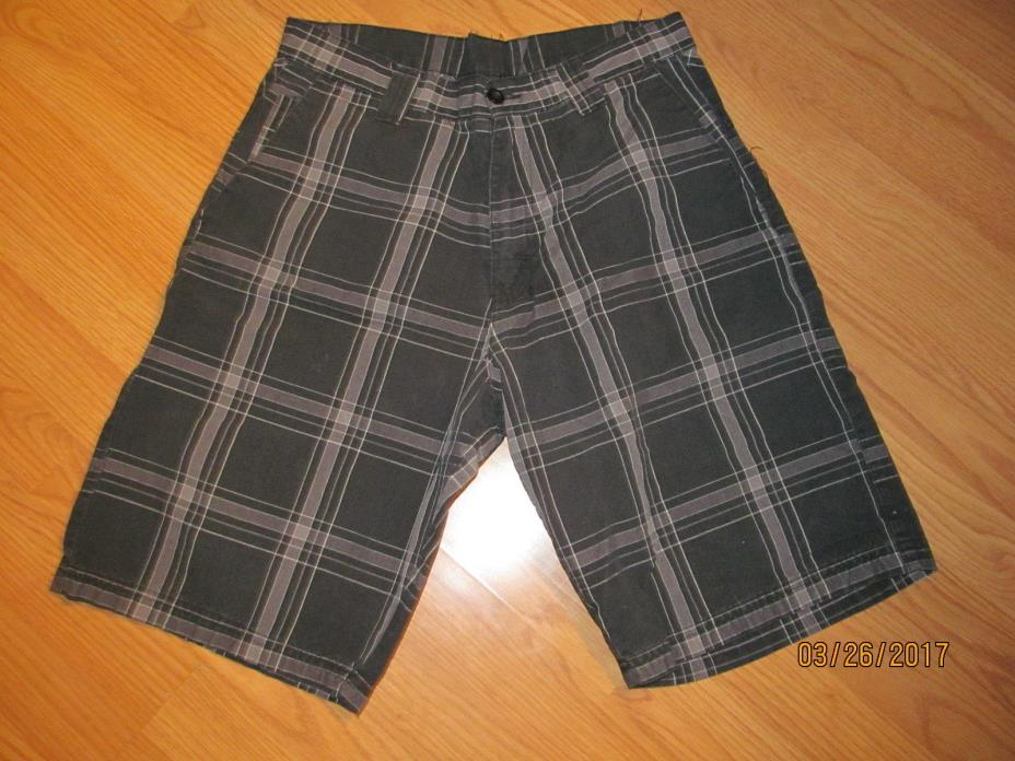 Men's Burnside Black and Gray Plaid Shorts Size 30 Great Condition