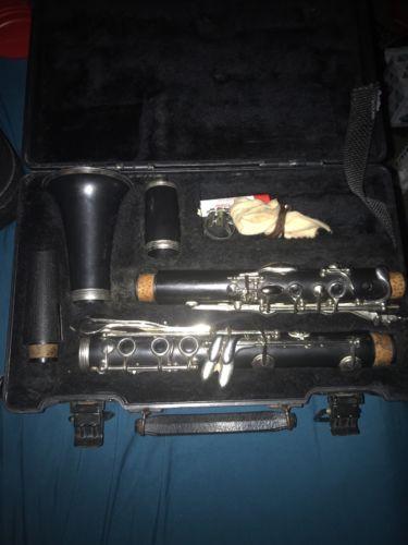 Artley 72S Series Grenadilla wood Clarinet