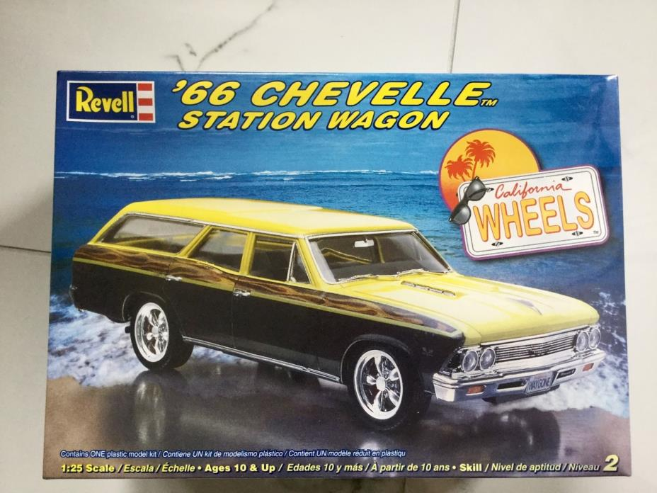 REVELL 1/25 1966 CHEVELLE STATION WAGON  PLASTIC MODEL CAR KIT # 85-2185 F/S