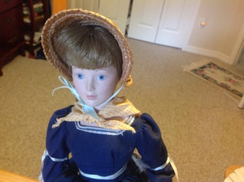 Franklin Heirloom Porcelain Doll 1983 blue dress w straw bonnet Collectible