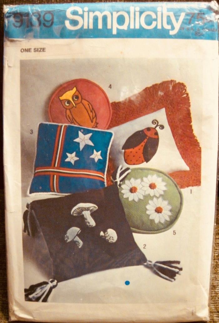 Vintage UNCUT 1970 Simplicity Novelty Throw Pillow Pattern 5  Styles