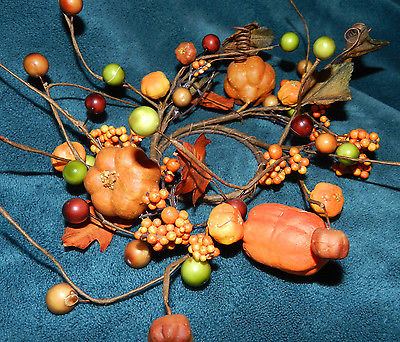 LOVELY FALL PUMPKIN/BERRIES CANDLE RING! THANKSGIVING/FALL!