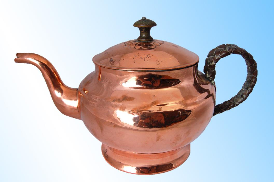 SUPERB COPPER VICTORIAN TEA KETTLE, HANDMADE & DOVETAILED  LEATHER BRAID HANDLE