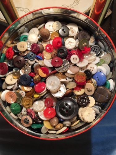 Lot 260 Vtg. Buttons  celluloid Bakelite Metal Currier  Ives VTG tin