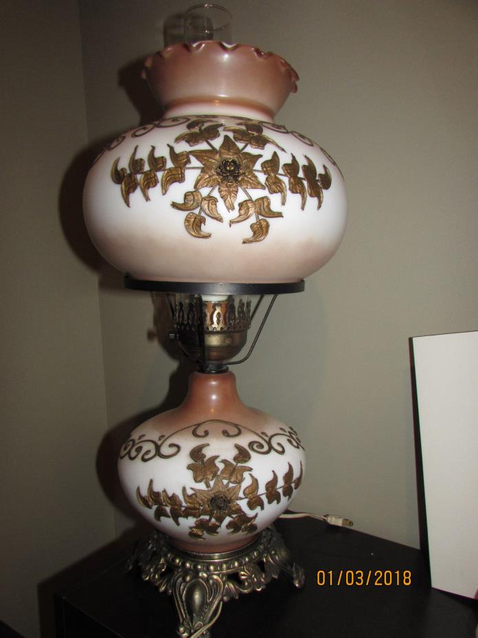 ANTIQUE ELECTRIC GONE WITH THE WIND LAMP