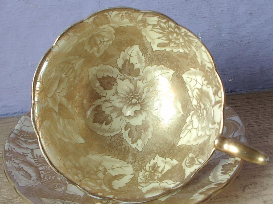 Vintage England Gold bone china tea cup teacup and saucer set
