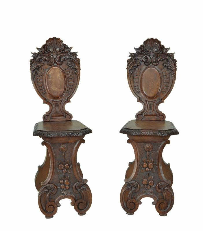5509011 : Pair Of Carved Antique Italian Renaissance Revival Side Chairs