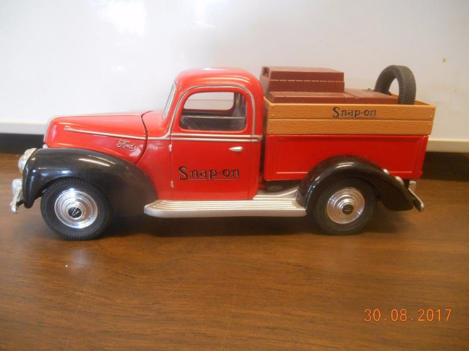 1940 Snap On Pick Up and Locking Bank Die Cast Replica