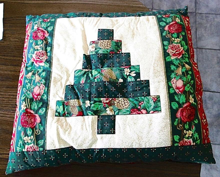Christmas Cushion Throw Pillow Patchwork Tree Pinecones Holly Roses 18