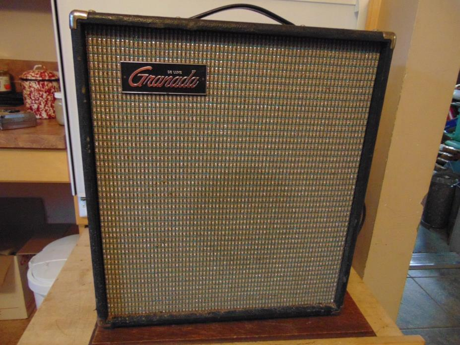 vintage/antique  guitar amplifier     nice #  3324