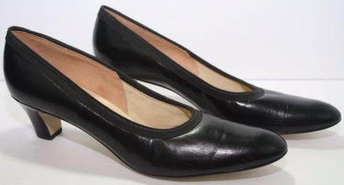 Vintage 1970s De Liso Black Genuine Leather Pumps 2