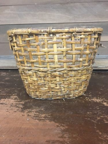 Vintage Hand Woven Wicker Basket Waste Bin Planter Laundry Basket 14.5x10.5x10