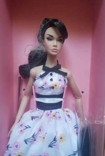 NRFB POPPY PARKER PARIS IN SPRINGTIME  BON BON INTEGRITY TOYS Doll