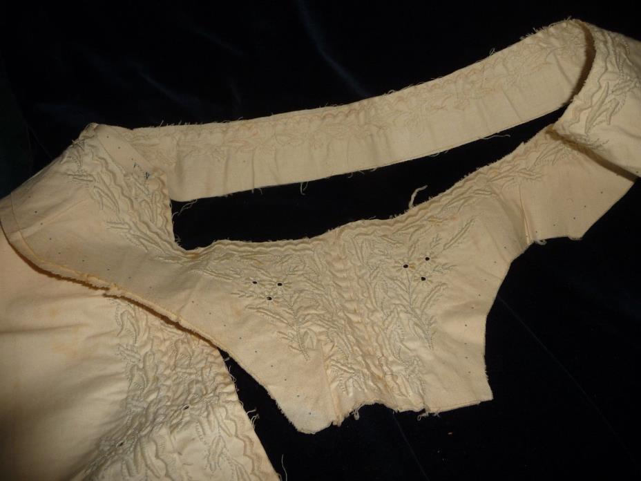 HOLMDEL NJ ESTATE ANTIQUE White cotton HAND EMBROIDERED Dress Yoke w 2 panels