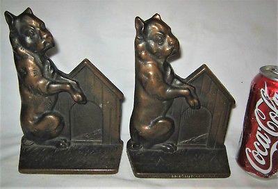 ANTIQUE USA CAST IRON VERONA DOG HOUSE ART STATUE SCULPTURE BOOK BOOKENDS BRONZE