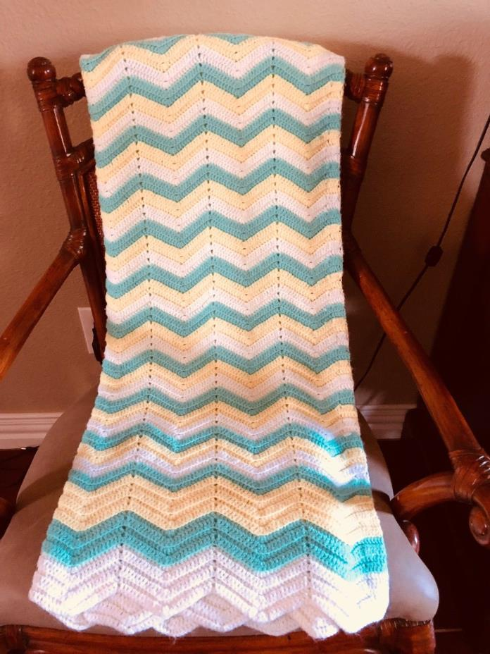 Afghan GRANNY Chevron Handmade  Blanket /Throw/ Baby  50