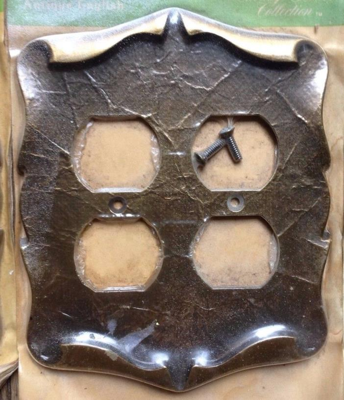 VTG AMEROCK CARRIAGE HOUSE Double Duplex Receptacle Plate Cover C-9084E-AE