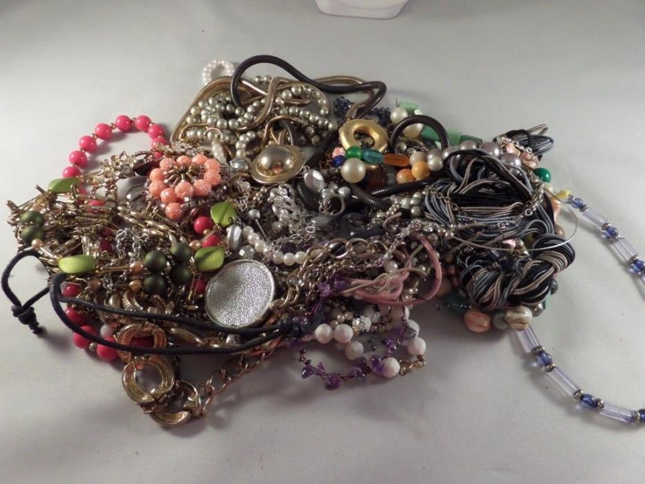 Large Vintage To Now Damaged Jewelry Lot Q6