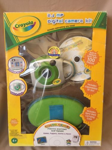 Crayola Digital Camera Kit includes Photo editing software, case New In Box 2 MP