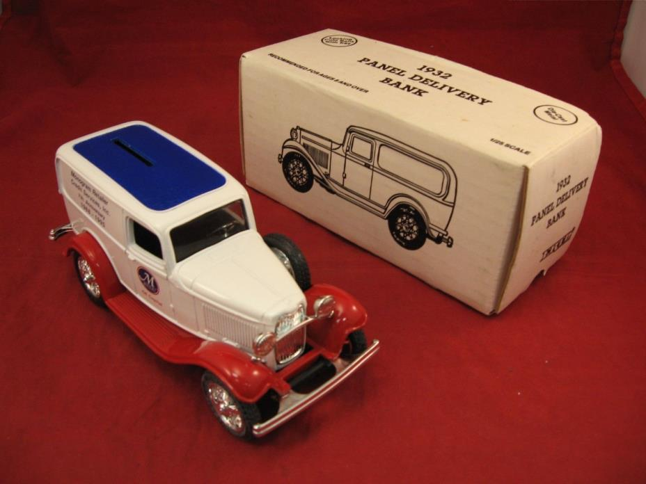 rmk99 ERTL Die Cast Replica Ford 1932 Panel Delivery Truck Model Coin Bank & Key