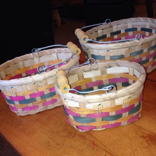 Baskets With Bale And Wood Handle Set Of 3