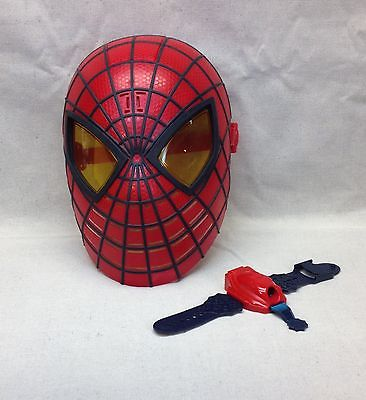The Amazing Spider-Man Hero FX Talking Mask Light Up Eyes & 2004 Wrist Laser