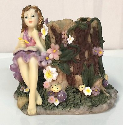 Dezine The FAIRY Collection - FAIRY w / Stump- 2002 Limited Edition Figurine - a