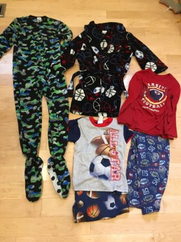 Boys Baseball Robe And Pj's Lot Of 6 Size 6/7 Small
