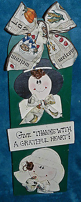 VERY NICE HANGING WOOD PILGRIM COUPLE SIGN!