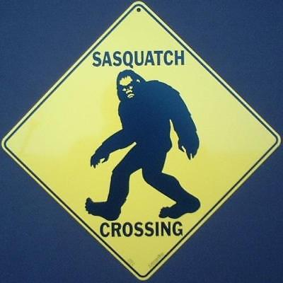 SASQUATCH CROSSING Sign ALUMINUM picture decor home novelty bigfoot signs