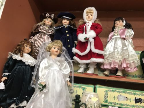Seymour Mann Connoisseur Collection Kerry Porcelain Dolls With Stand mint!!!!