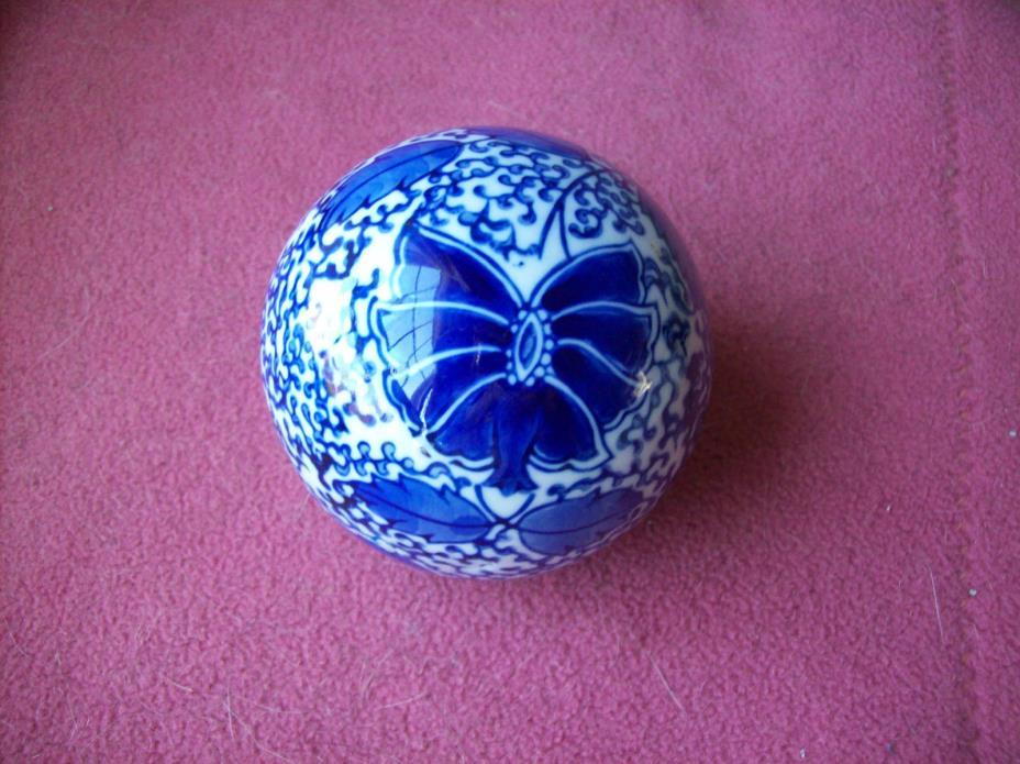 Blue & White Floral Ball Decorative Ceramic Ball 3-1/4