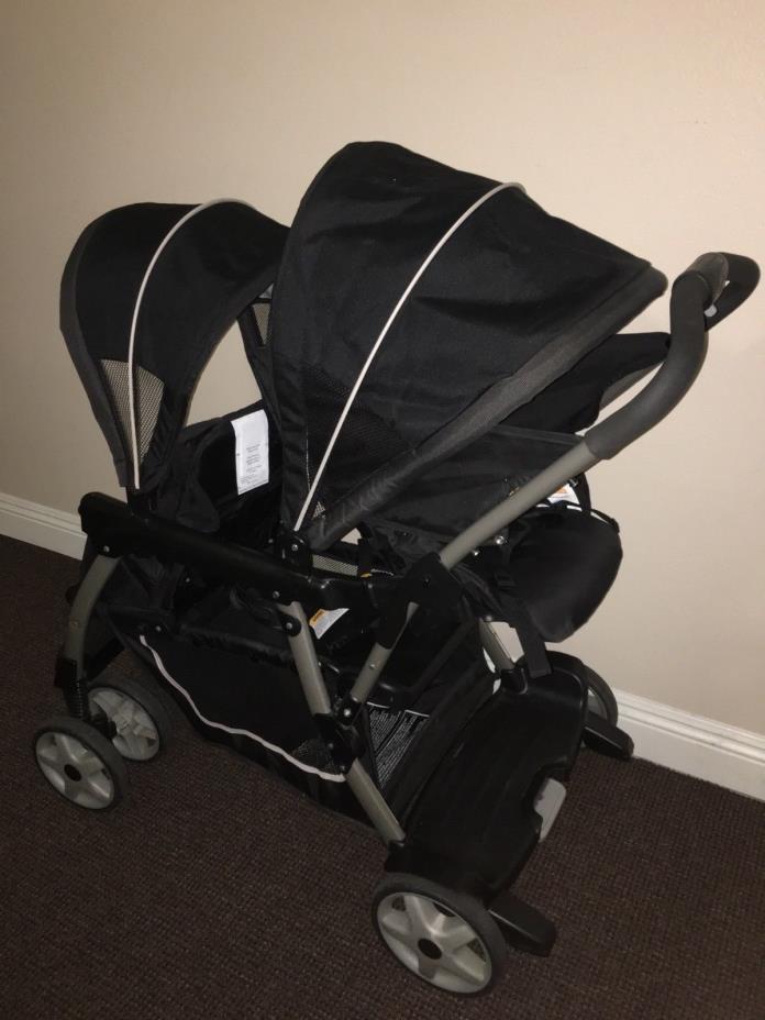 Graco Ready2Grow Click Connect double stroller. Color black. Brad Graco
