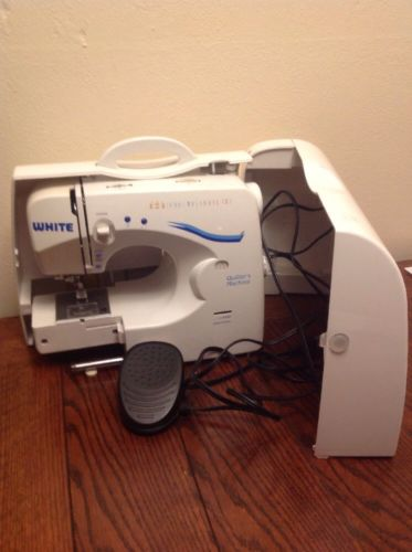 White Model 1740 Quilter's Sewing Machine Unit With Case Tested and Works