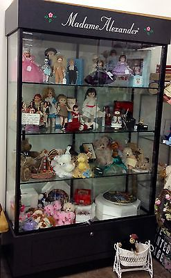 MADAME ALEXANDER DOLL DISPLAY CASE LOCAL PICK UP ONLY APPROXIMATELY 5 X 7 Ft
